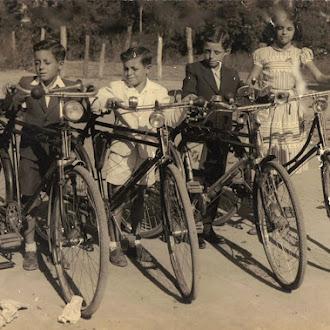 Foto de infância do escritor Roberto Pinheiro Acruche - SFI