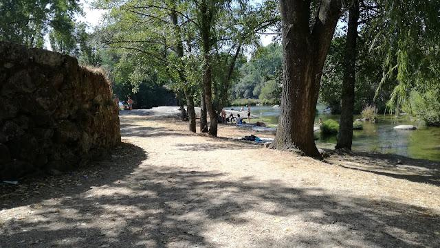 Areal Praia Fluvial Navarra