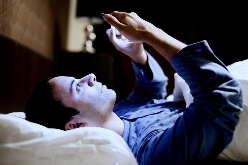 7 Worst Post-Dinner Habits for Your Waistline