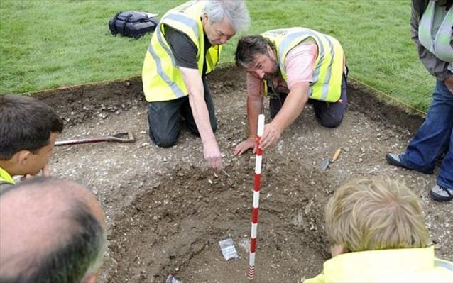 Αρχαίο μνημείο στην Αγγλία που συνδέεται με τον Αρθούρο είναι παλαιότερο του Στόουνχεντζ