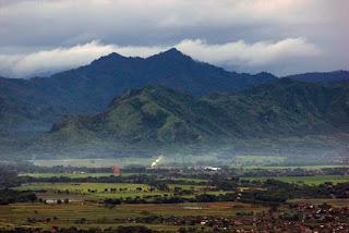 Jalur Pendakian Gunung Budeg