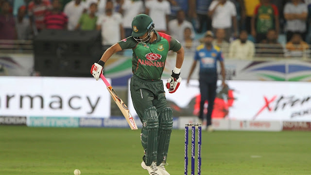 Tamim made an example of batting in one hand