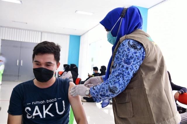 Andi Sudirman Sulaiman Luncurkan Sulsel Kebut Vaksin dan Telemedicine Hallo Dokter.lelemuku.com.jpg