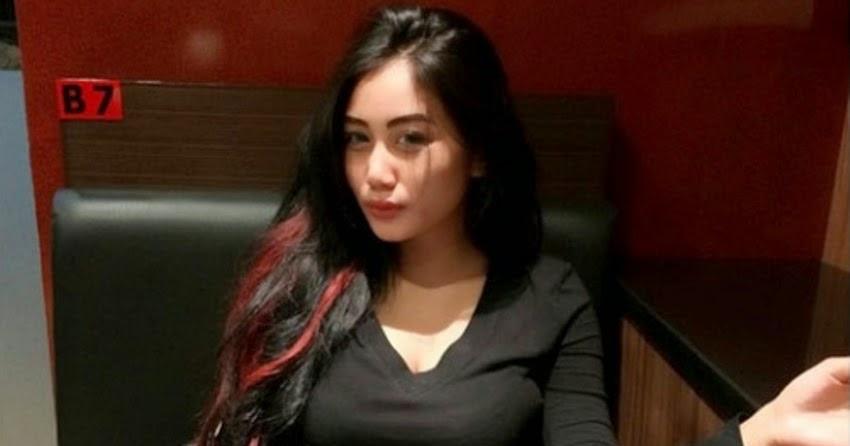 Duo Semangka Bugil Ngangkang: Jangan Sebar Foto Telanjang Dada Pamela Safitri, Bisa