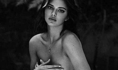 βρείτε γυμνά μοντέλα