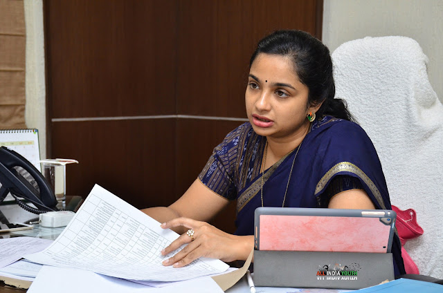 Swetha Mohanty Wanaparthy District collector in a meeting hall