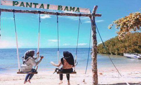Menikmati indahnya Pantai Bama Taman Nasional Gunung Baluran, Jawa Timur