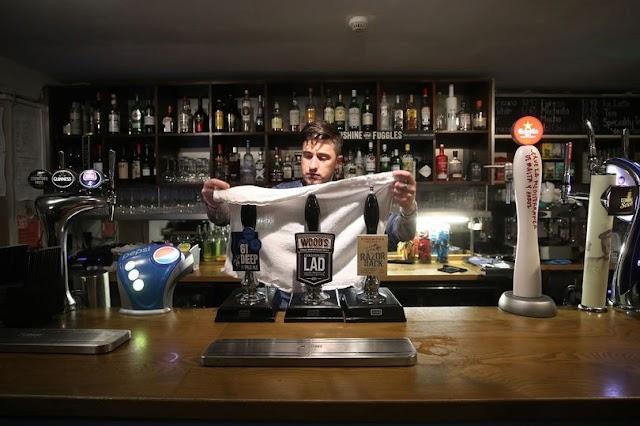British peoples embrace 'digital drinking' using phone apps amid pub lockdown