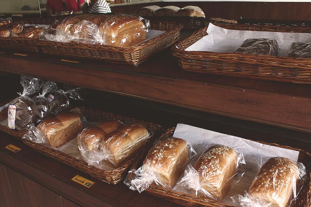 pães a venda padaria templo budista zu lai