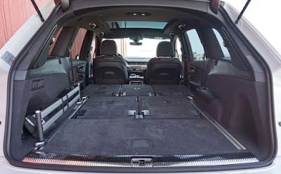 Audi SQ7 4x4 7 places avec 2 siège en place