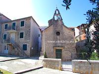 Crkva sv. Martin, Supetar, otok Brač slike