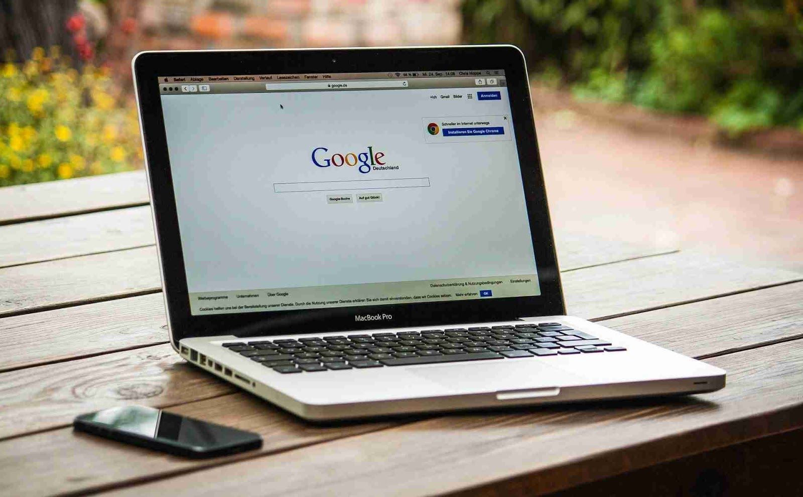 First create a Google account in order to start a blog.