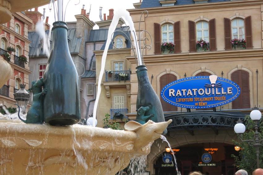 Entrada a Ratatouille en Disneyland Paris