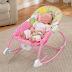 Trẻ sơ sinh có nên nằm ghế rung không? Tại sao?