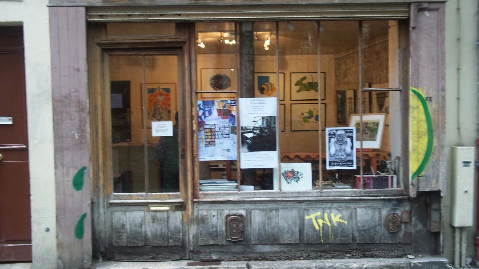 f4aa038d4535 Ils sont installés dans cet atelier depuis 1989. Et ont aussi un atelier de  typographie aux Lilas !