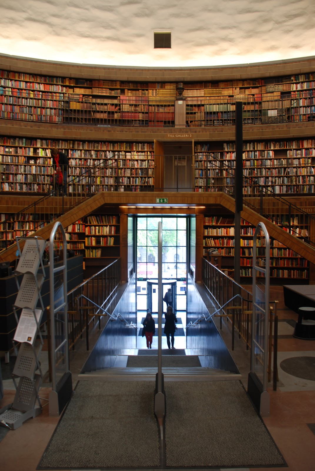 exit stair, Stockholm Public Library - Gunnar Asplund