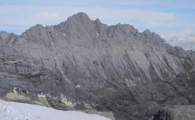 gunung idenberg tertinggi indonesia
