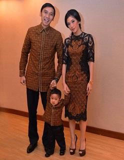 Model Baju Batik Dres Couple