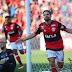 Flamengo vence Atlético-PR com facilidade na Ilha do Urubu