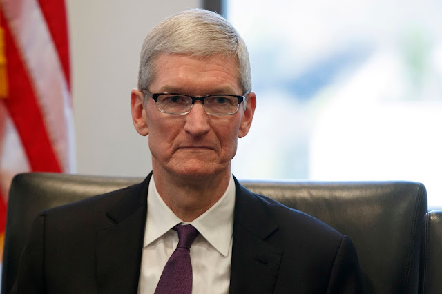 This is Tim Cook's Opinion on the Price of iPhone X
