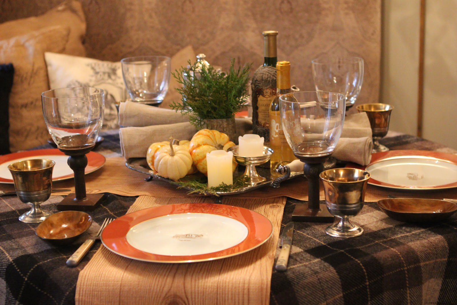 Romancing The Home Thanksgiving Table With A Blackberry