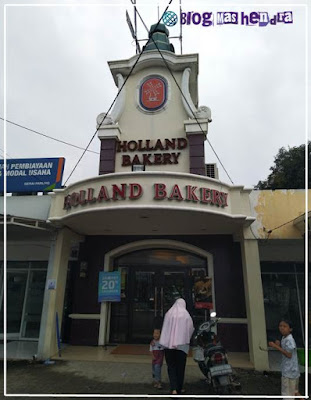 Holland Bakery Parung - Blog Mas Hendra