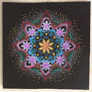 http://kazumicreations.com/mandala/