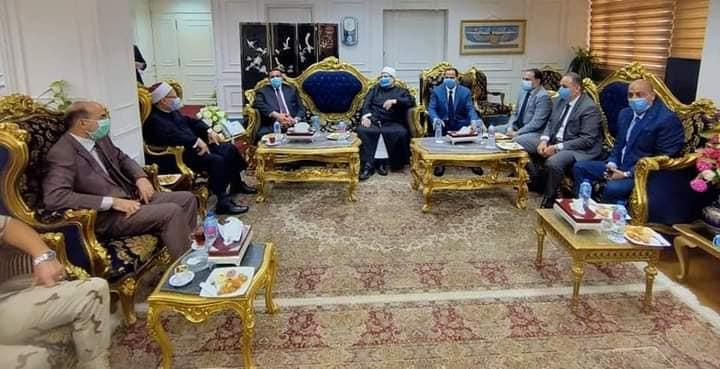 محافظ البحيرة يستقبل وزير الأوقاف ومفتي الديار المصرية لإفتتاح مسجد أبو شوشة بالدلنجات  ضمن إحتفالات المحافظة بعيدها القومي .