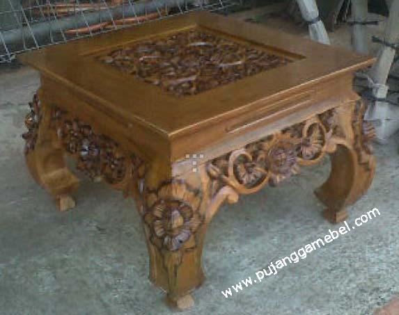 Meja Ketapang ukuran 50x50cm