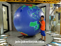 Wisata Sambil Belajar Astronomi di Planetarium dan Observatorium Jakarta