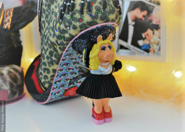 Miss Piggy character heel on shoe