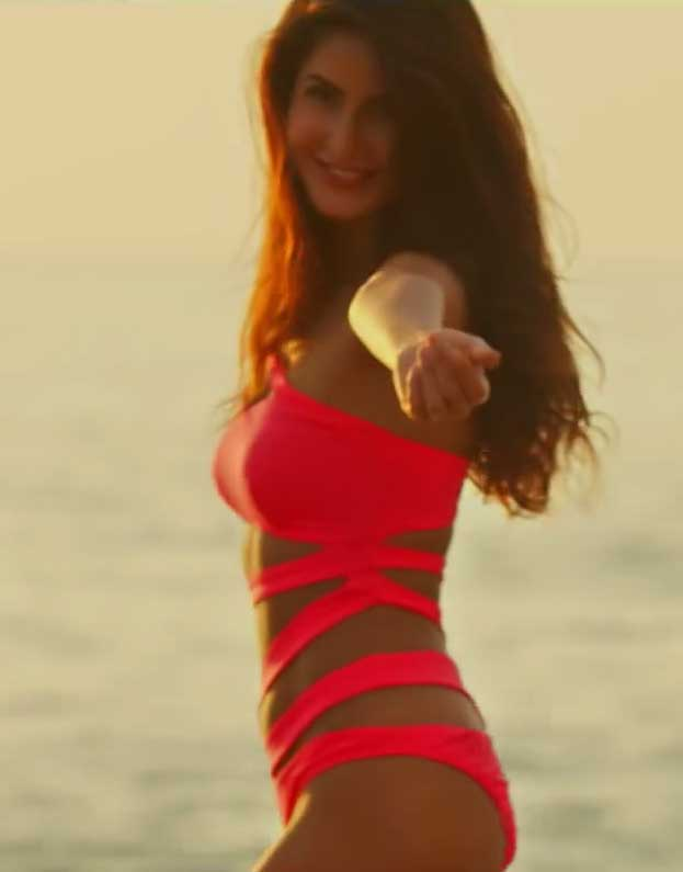 = Katrina Kaif in Bikini Swimsuit