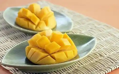 Local mango shortage is again expected as Pakistan plans for export to China