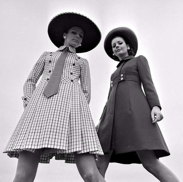 20 vintage photos show beautiful womens fashion of the