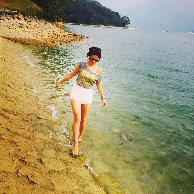 Rubina Dilaik Hq Wallpapers And Photos Actress Host