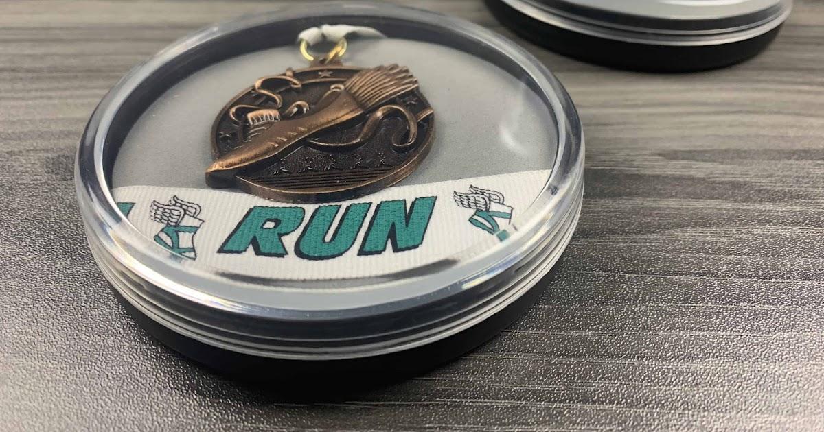 Best seller of running medal case