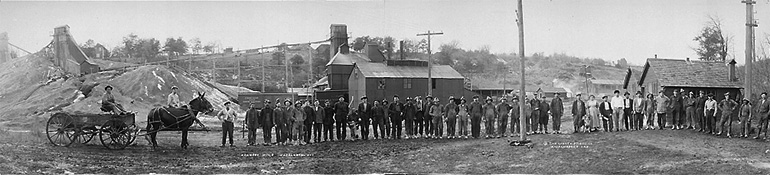 Photo panoramique de la mine de Kennedy dans le Wisconsin vers 1915