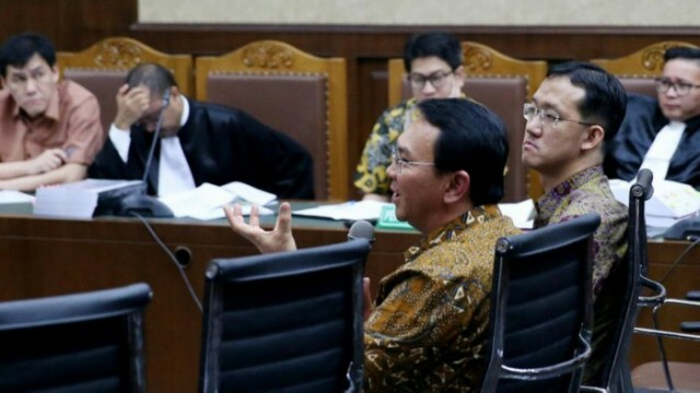 Ahok Layak Divonis Bebas, Dibanding kasus korupsi Alquran & e-KTP