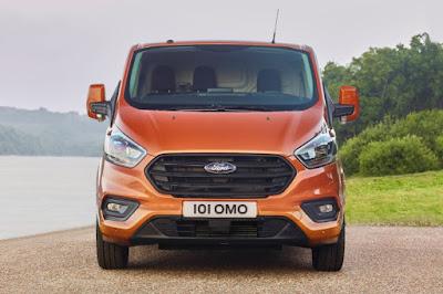 Ford Transit Custom Panel Van (2018) Front