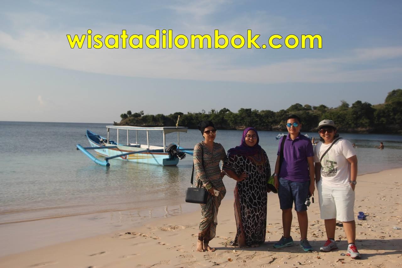 Gambar Pantai Pink Segui