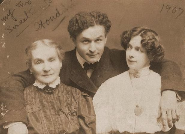 The real life Harry Houdini with his mother Cecilia Weisz and wife Bess Houdini