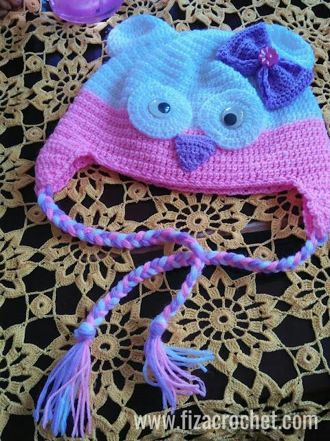 Topi kait bayi perempuan 10 bulan