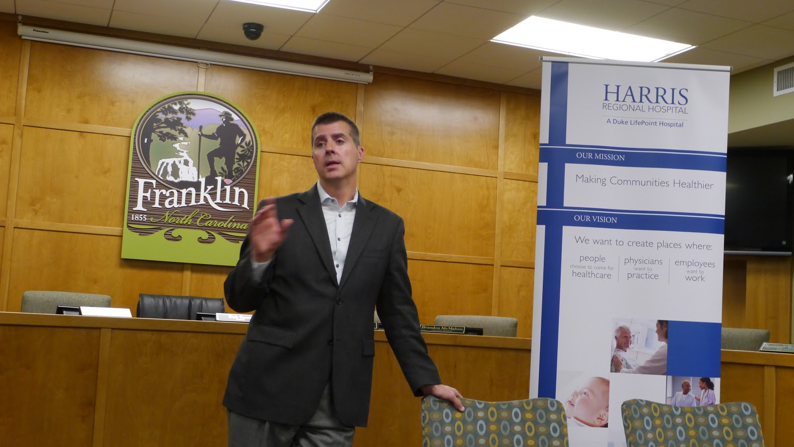 Duke LifePoint Holds Community Forum at Franklin Town Hall <br