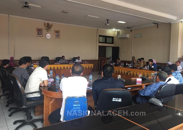UKT Tak Ada Kejelasan, Mahasiswa Mengadu ke DPRK Aceh Barat