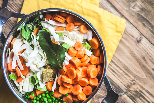 3 soupes qui renforcent le système immunitaire et renforcent vos défenses (RECETTES)