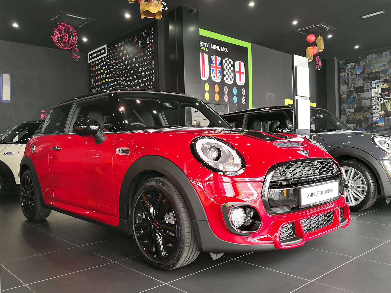 Here S The Chili Red Mini Cooper Amplified Edition Looks More Cooler Than Normal