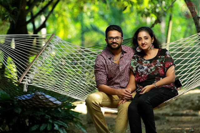 Jayasurya with wife