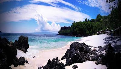 Pantai Padang Kurungan