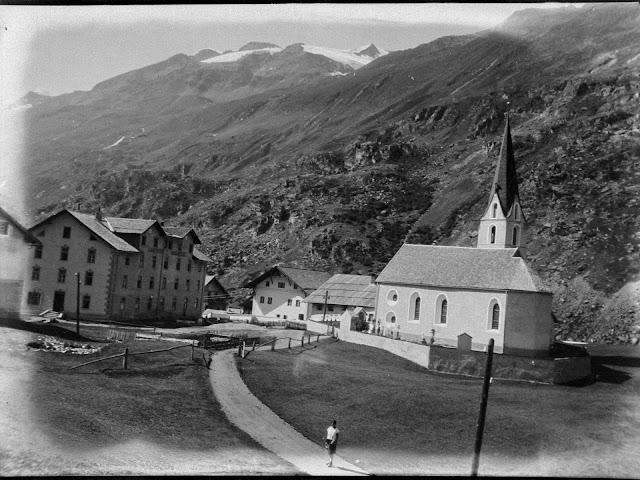 Die Pfarrkirche Johannes Nepomuk in Obergurgl/Tirol - wahrscheinlich vor 1931