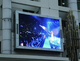 Outdoor LED Display Manufacturer use the latest LED